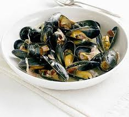 Steamed Mussels with Rouille